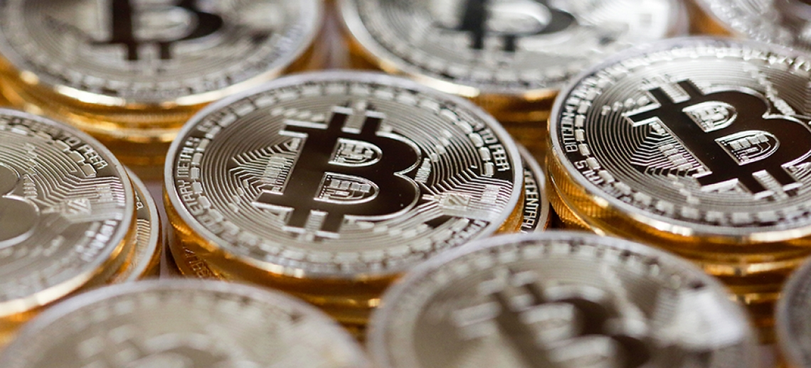 Обменник Биткоин и электронных денег