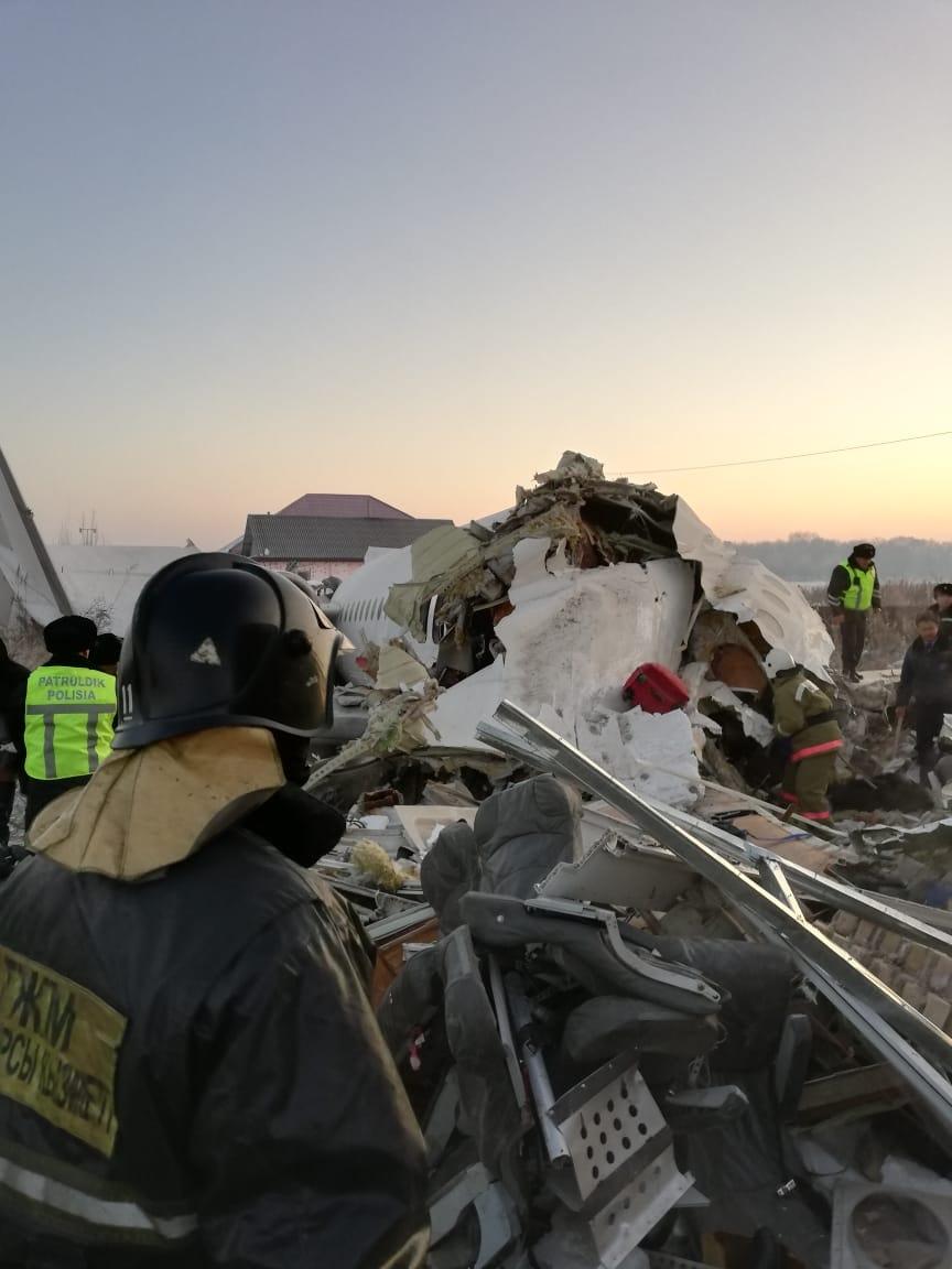 фото кто летел на разбившемся самолете еще был неплохой